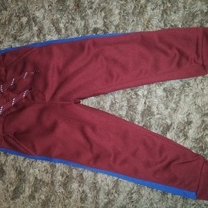 ON joggers size 3T
